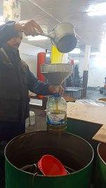 Ölmühle3eingießen